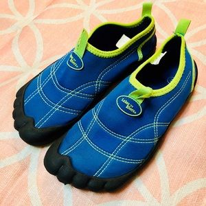 Lakes n rivers water shoes